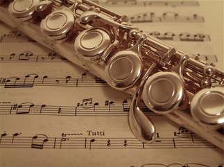 Música_006-Flauta_e_partitura.jpg