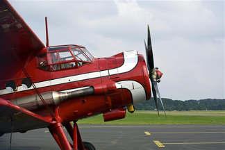Veículo 012-Avião monomotor.jpg