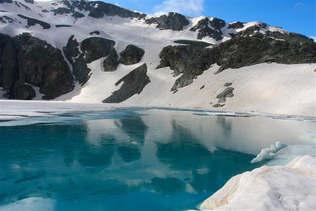 Natureza 026-Neve nas montanhas.jpg
