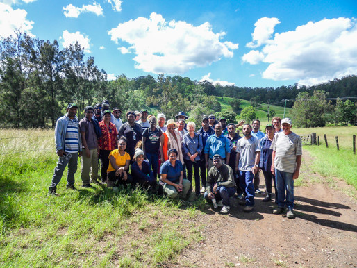 PNG AGRICULTURALISTS VISIT PROPERTY