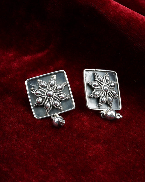 Oxidized Silver Rawa Stud Earrings