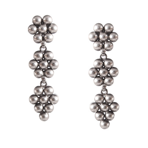Silver Adorable Floral Ear Studs