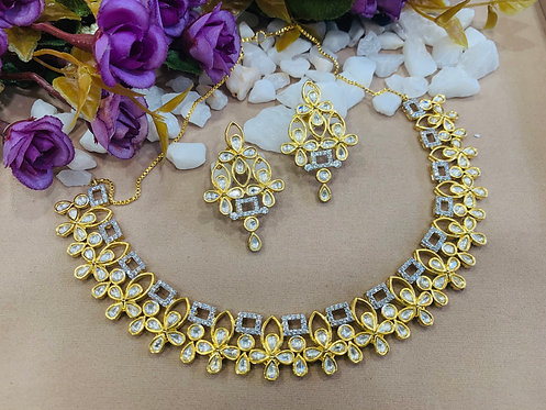 Evergreen necklace set