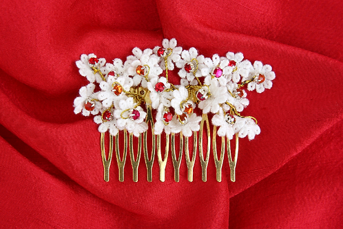 White and Red Lace Crystal Hair Comb Clip