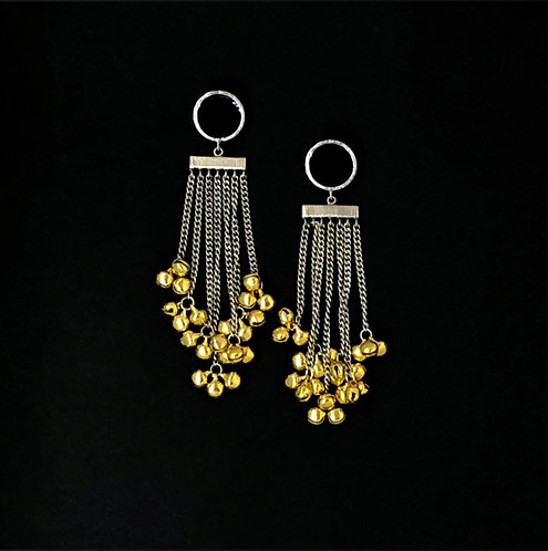 Tasseled ghooghri earrings - black