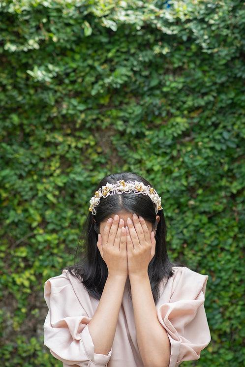 Heliotrope White Bloom Headband
