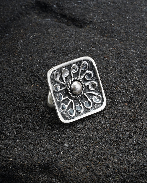 Silver Chitai Work Floral Ring