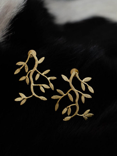 Berserk Gold Plated Carved Shoot Earrings