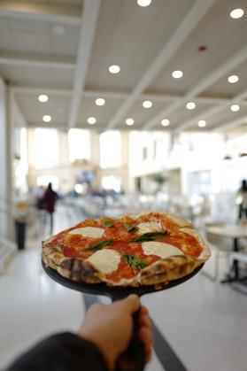 Platapus Pizza The Bank.jpg