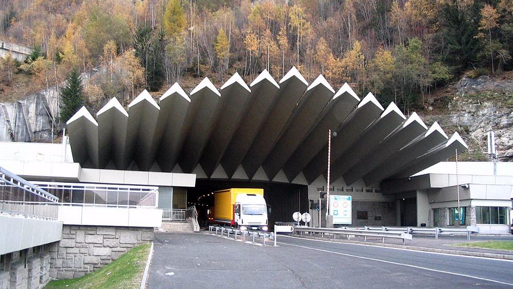 L'entrée du tunnel du Mont Blanc