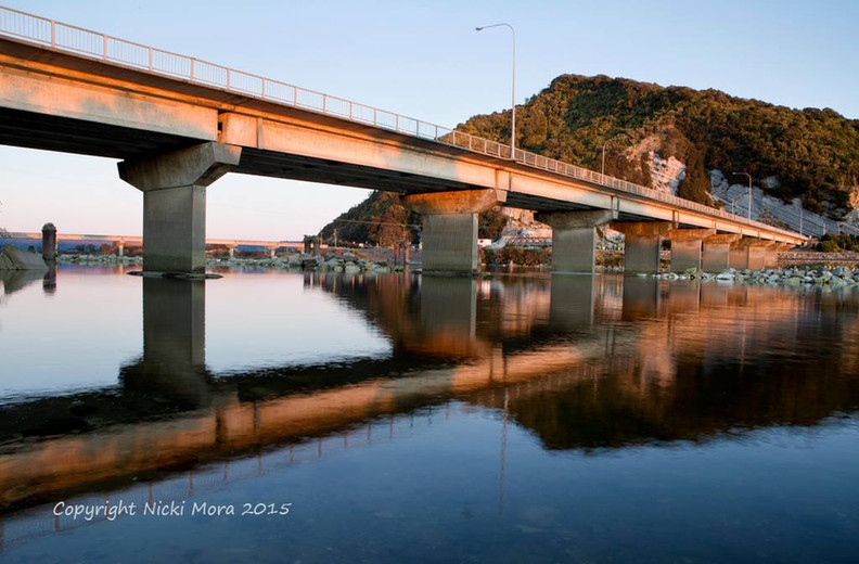 Greymouth cobden bridge.jpg