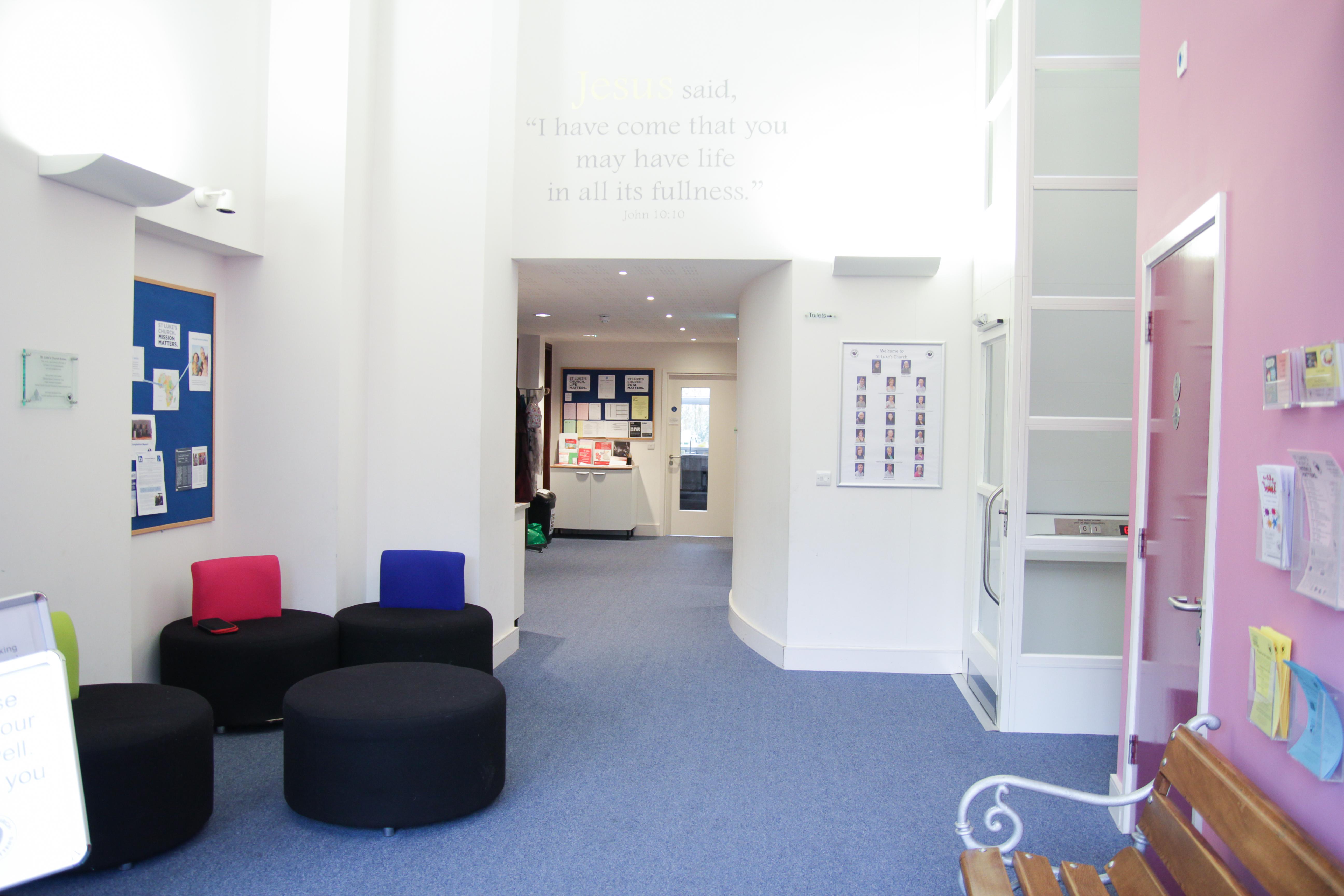 2 Entrance lobby