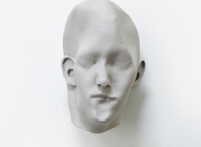 Las esculturas recientes de                                   Víctor Manzanal