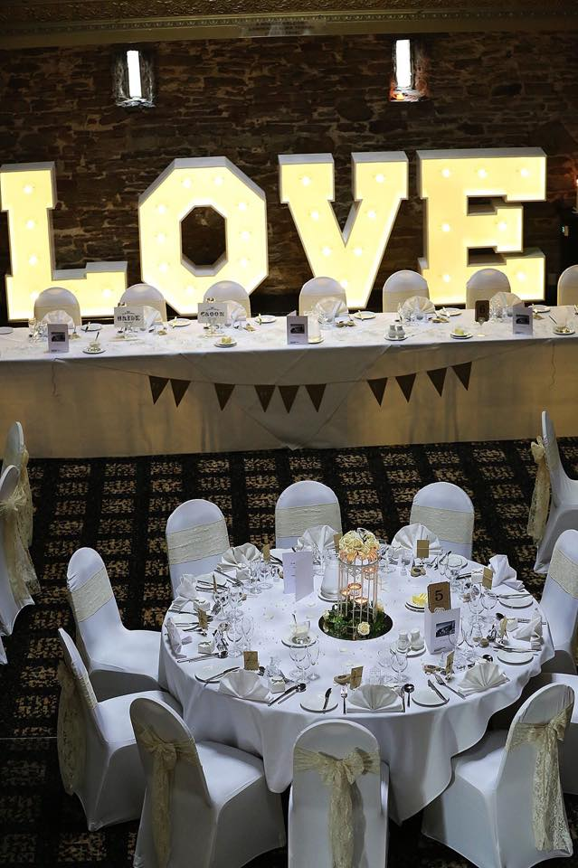 Love top table