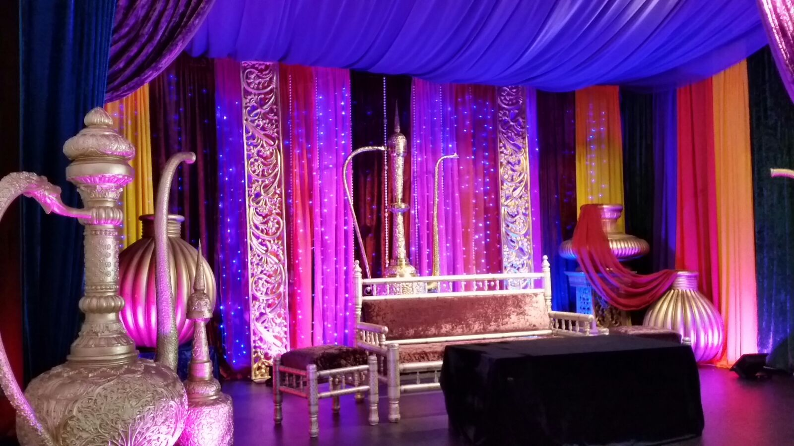 Arabian Mehndi Stage