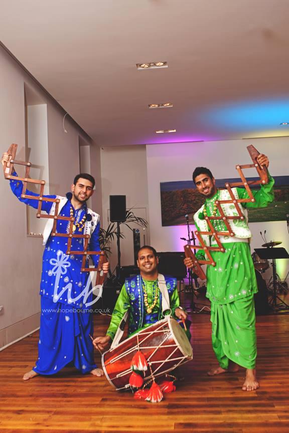 Bhangracise Bhangra dancers Mcr