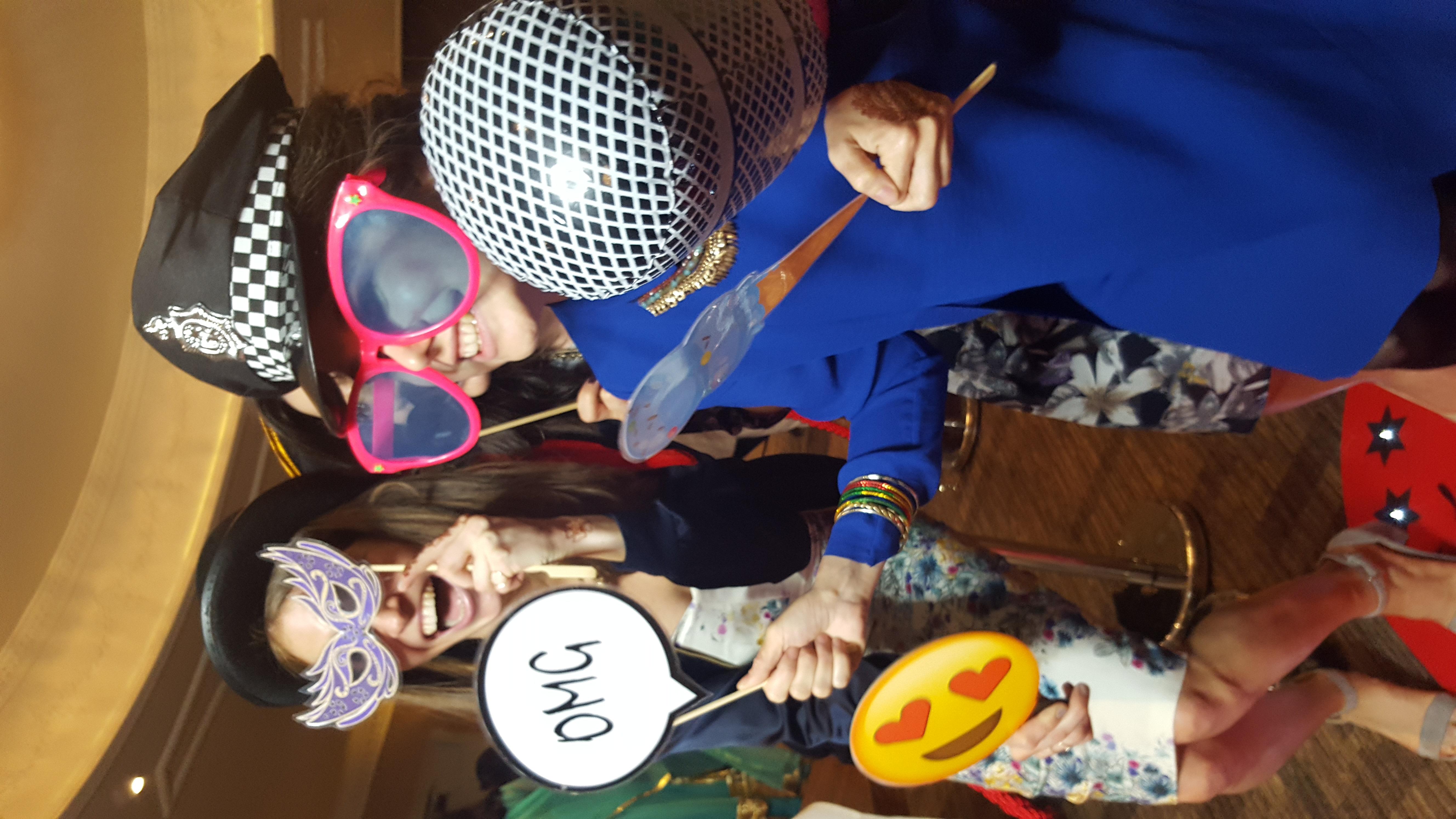 Selfie Mirror Cheshire