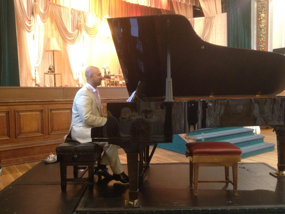 Bobby Sarwar Bollywood Piano