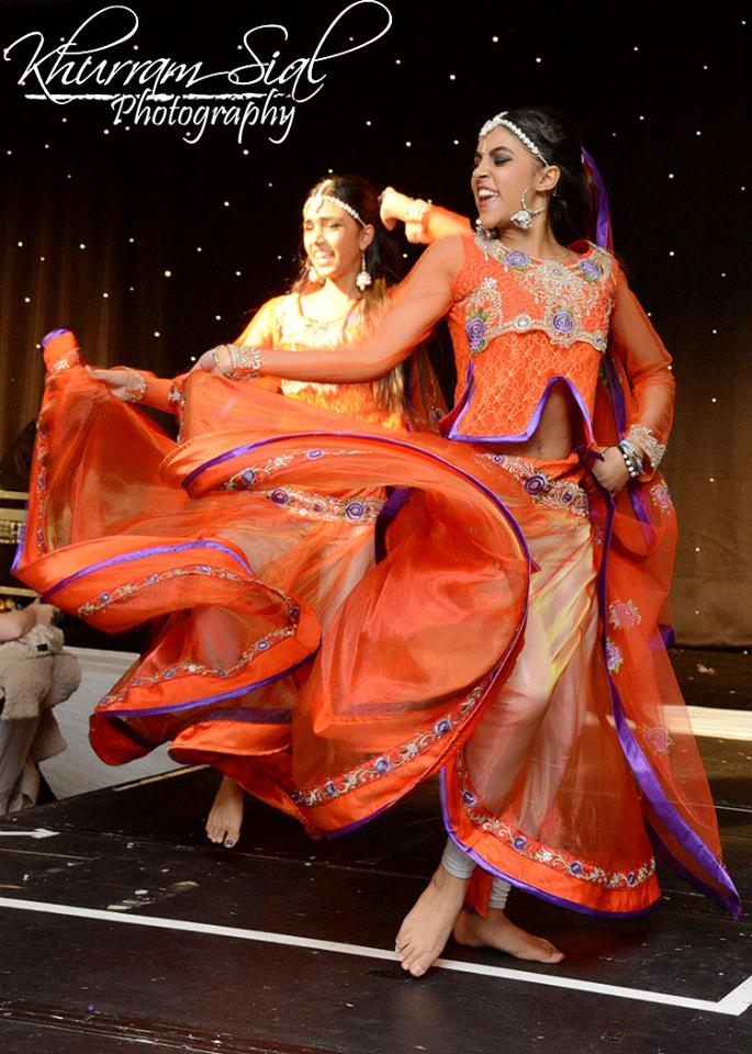 Apnabeat  Bollywood dancers Mcr