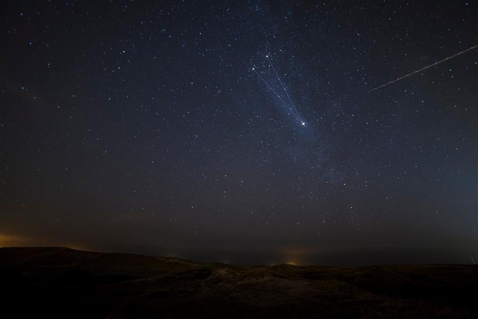 star_night_night_sky_shooting_star-32213
