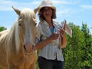 Christine Tupper-Écurie Shamanica Bien-être et Découverte en Soi à travers les yeux des chevaux.