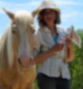 ecurieshamanica.com Bien-être et Découverte ensoi à travers les yeux des chevaux.