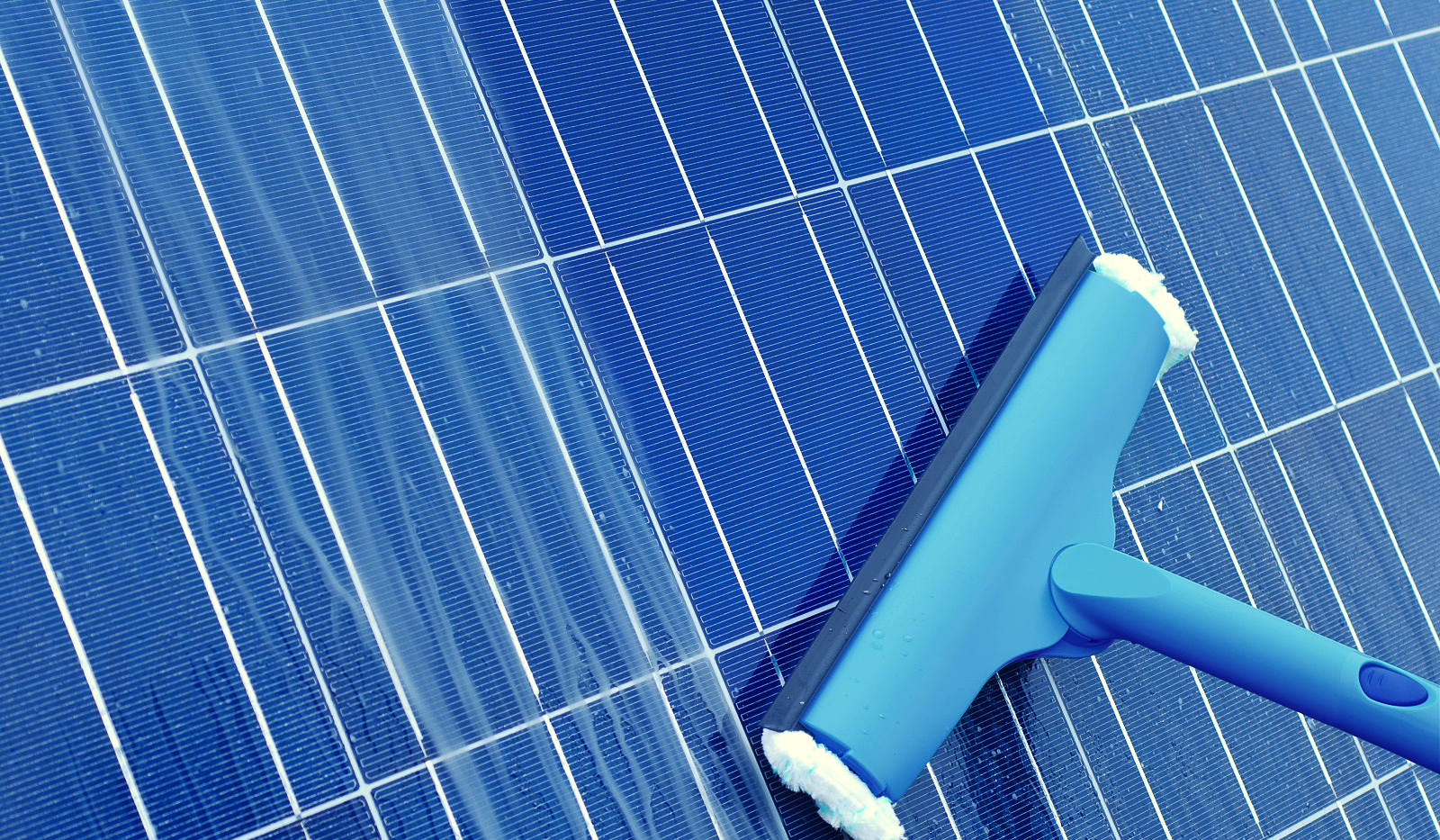 solar panel cleaning.png
