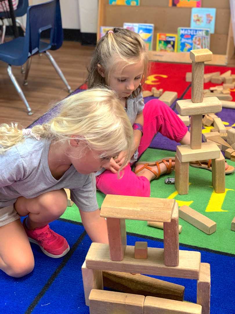 Building blocks teaches kiddos about bal