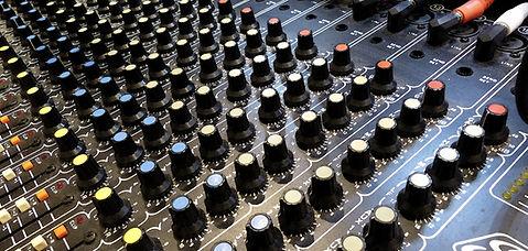 Música Repair Amplifier