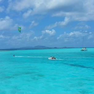 Kite surfing, Tobago Cays