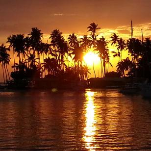 Sonnenuntergang in Marigot Bay, das ist Karibik wie aus dem Bilderbuch