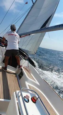 mitsegeln in Kroatien, zuerts am Wind - dann mit dem Wind