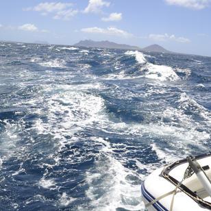 Segeltoern Kapverden, meistens flott segeln, zwischen den Inseln auhc erhebliche Stroemung