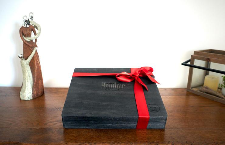 Album Photo avec ruban rouge réalisé par ma pause boudoir