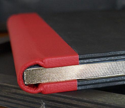 Album Photo avec bordure rouge réalisé par ma pause boudoir