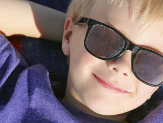 Crianças podem usar óculos de sol?