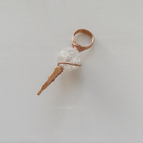 Clear quartz mini ring