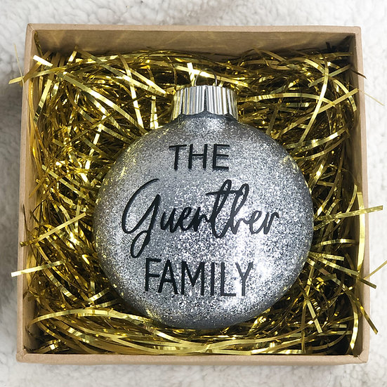 CUSTOM FAMILY Chritsmas Ornament