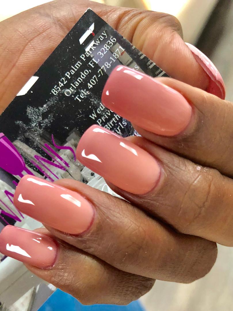 Naillinis manicure orange orange shellac nails