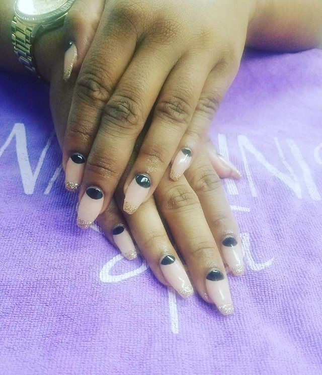 Dip Powder nails with Gel polish ❤️️👌🏻