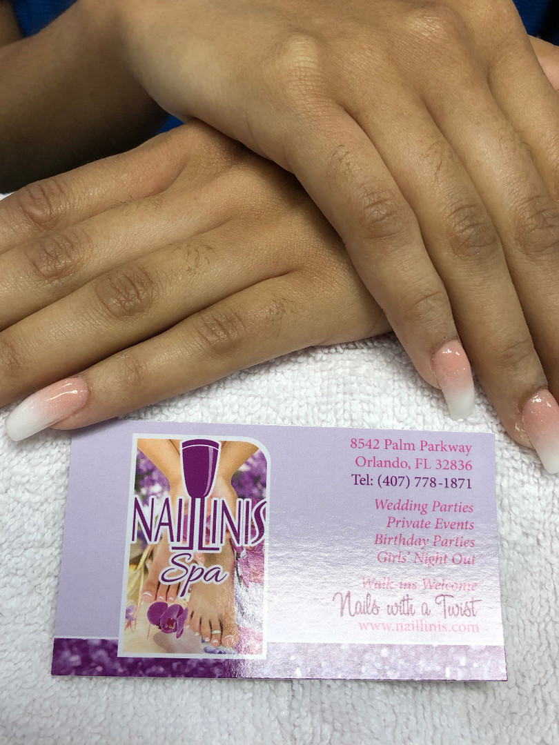 Naillinis manicure pink white tip