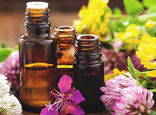 Naillinis aromatheraphy sevices massage included