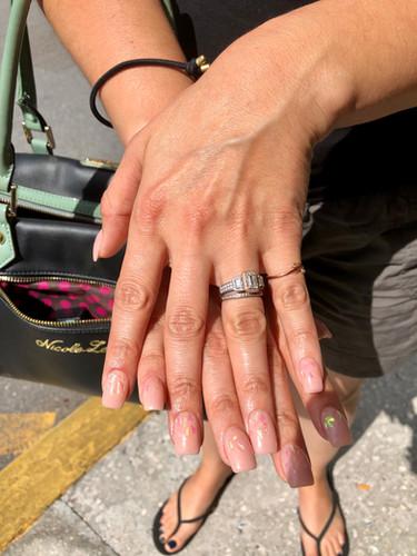 Naillinis manicure nail shaping
