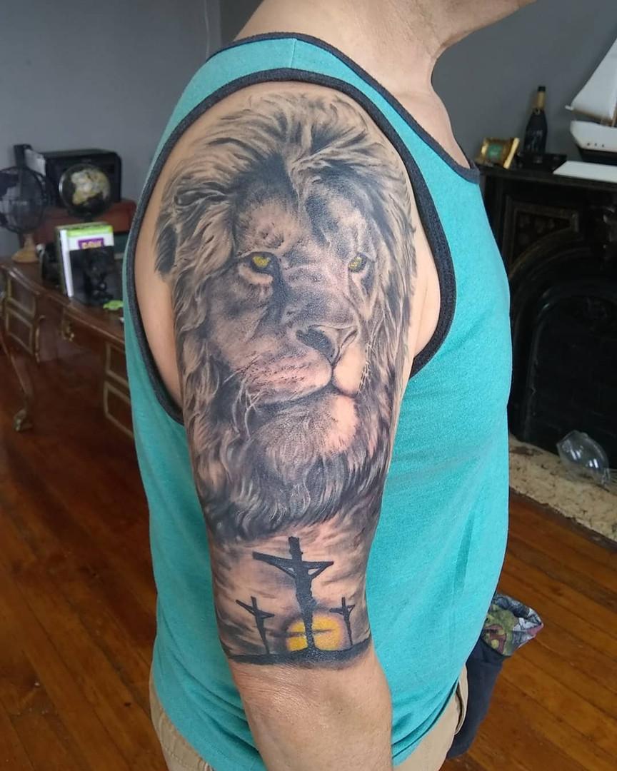 Lion & Cross