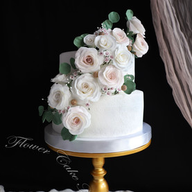Cascading Roses (Two Tier)
