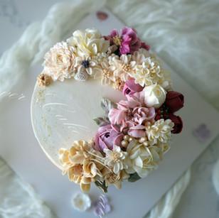 Ivory Dream Cake
