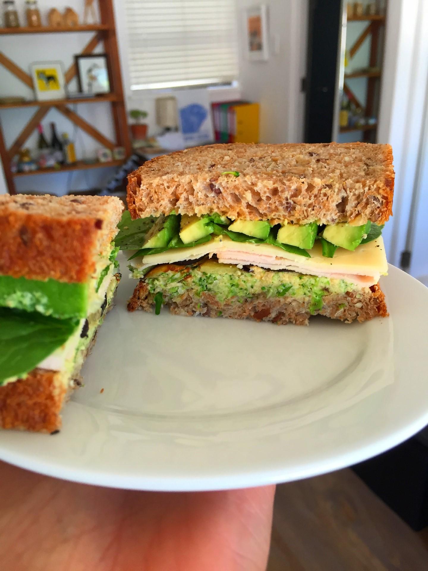 Handheld Sandwich