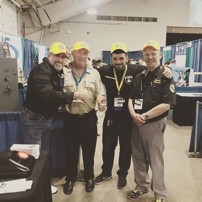 2017 Yankee Security Convention with members of Society of Professional Locksmith #geolocsksmith #br