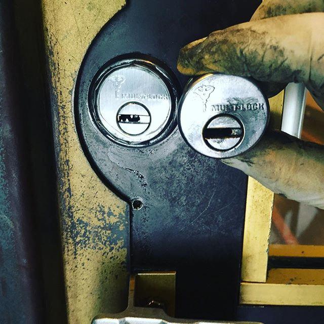 Multlock cylinder