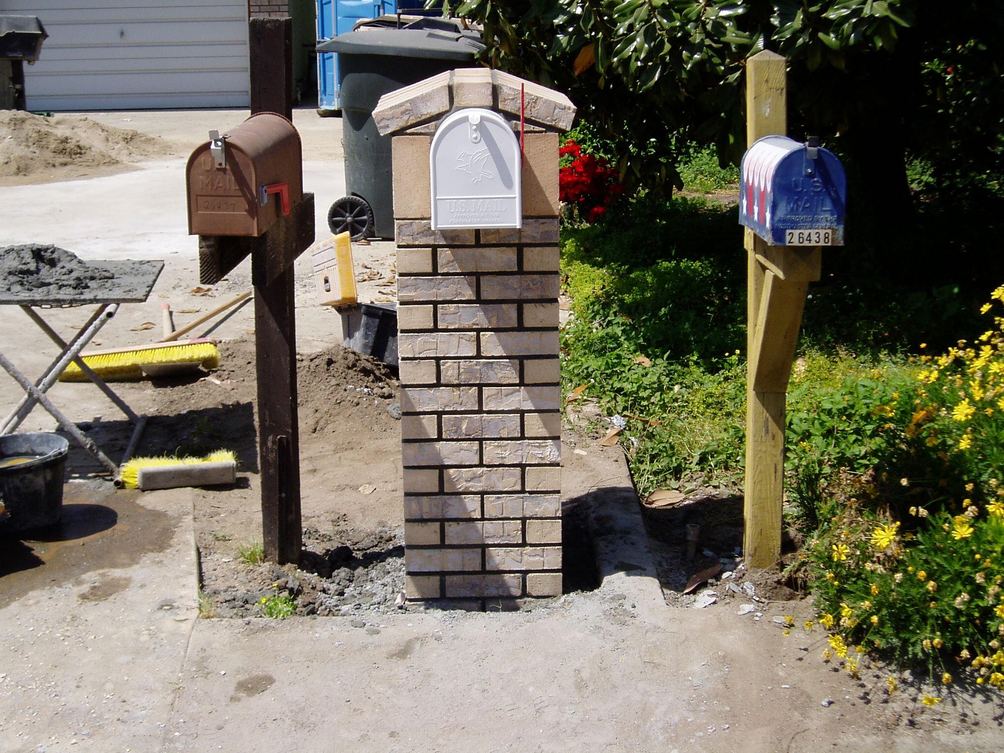 Brick Mailbox Castle Mist